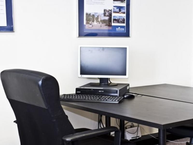 Serviced office to rent office space high road finchley london england n12 n12 - Small office space london property ...