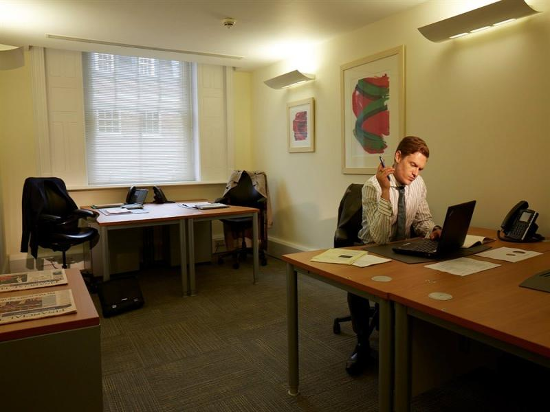 Office to rent and buy 29 farm street mayfair london w1 - Small office space london property ...