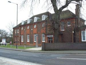 Perfect Commercial Property   Suite 9b Old School Studios, 40 Lynchford Rd,,  Farnborough, Hampshire   GU14 6EF