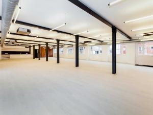 A warehouse to let in London Rent warehouses in London