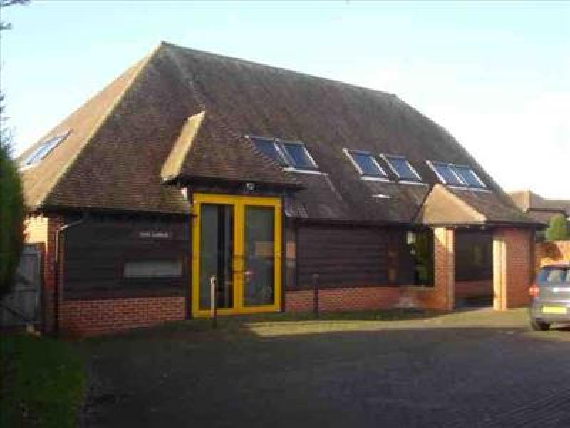 Office To Rent The Lodge 18 21 Church Gate Thatcham Berkshire Rg19 3pn