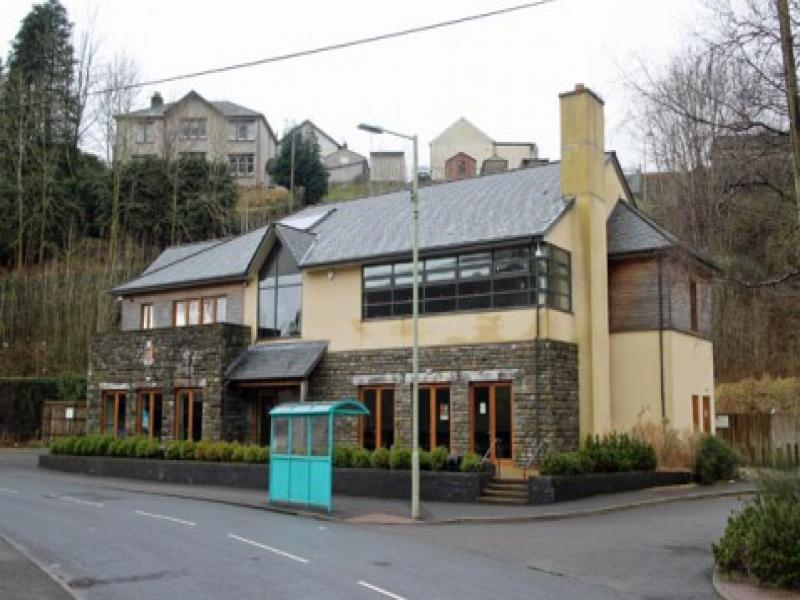 Property To Rent Ferndale Wales